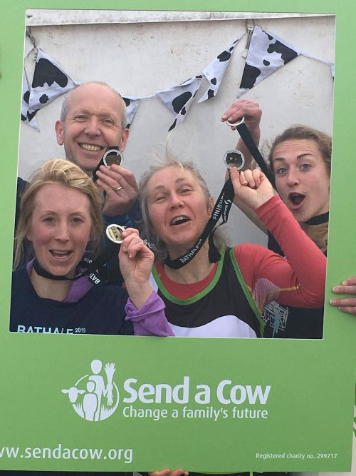 Shepton Vets run the Bath Half for Send a Cow